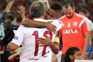 2005-2015 – Obrigado, Léo Moura!