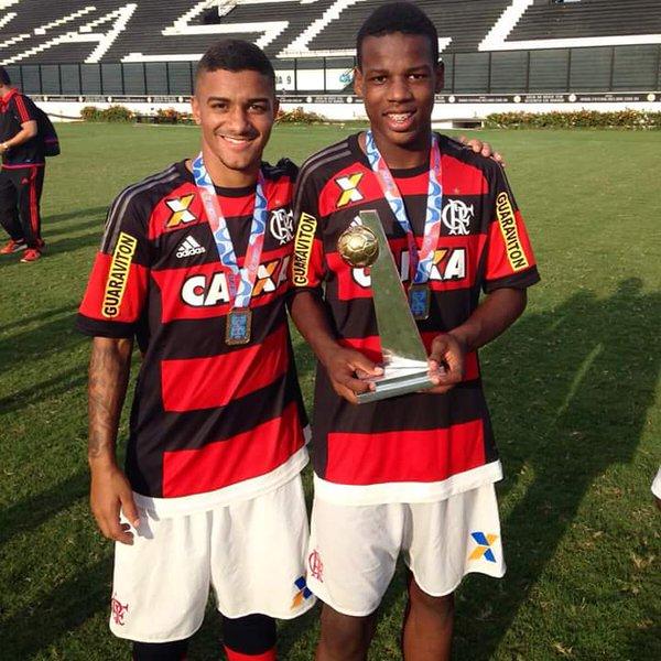 Flamengo derrota o Vasco em São Januário e conquista Taça Rio Sub-17