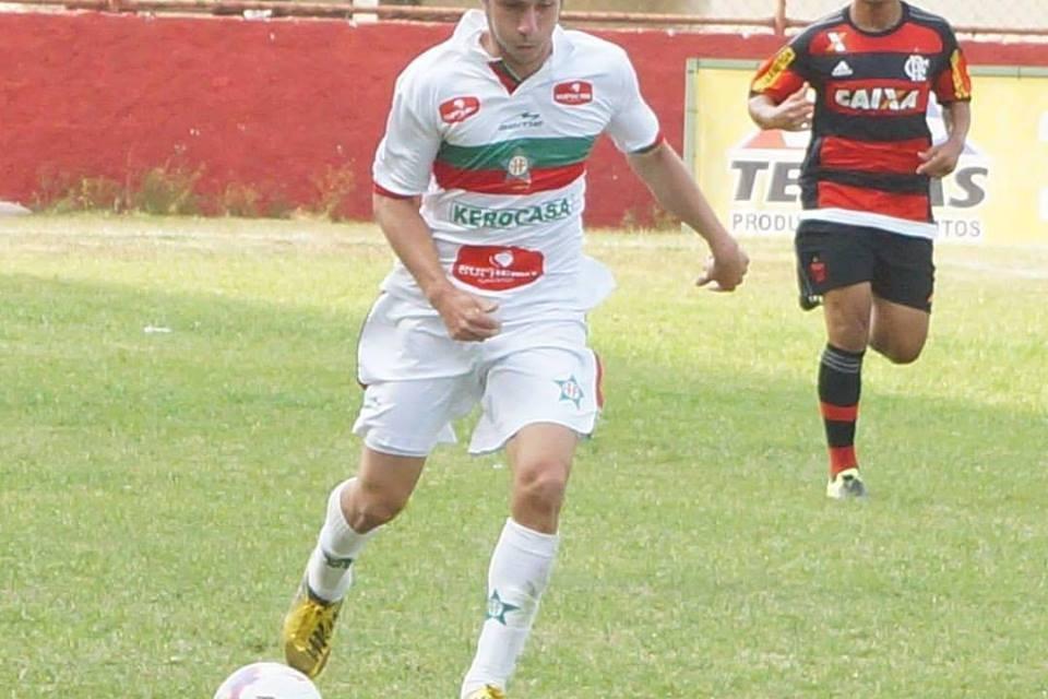 Segundo atacante com faro de gol! Fabrício Tosi é nova aposta do Flamengo