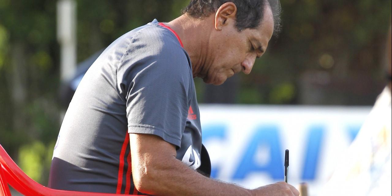 Após classificação na Copa do Brasil, Muricy já pensa na semifinal do Carioca