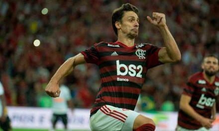Rodrigo Caio atinge marca artilheira no Flamengo