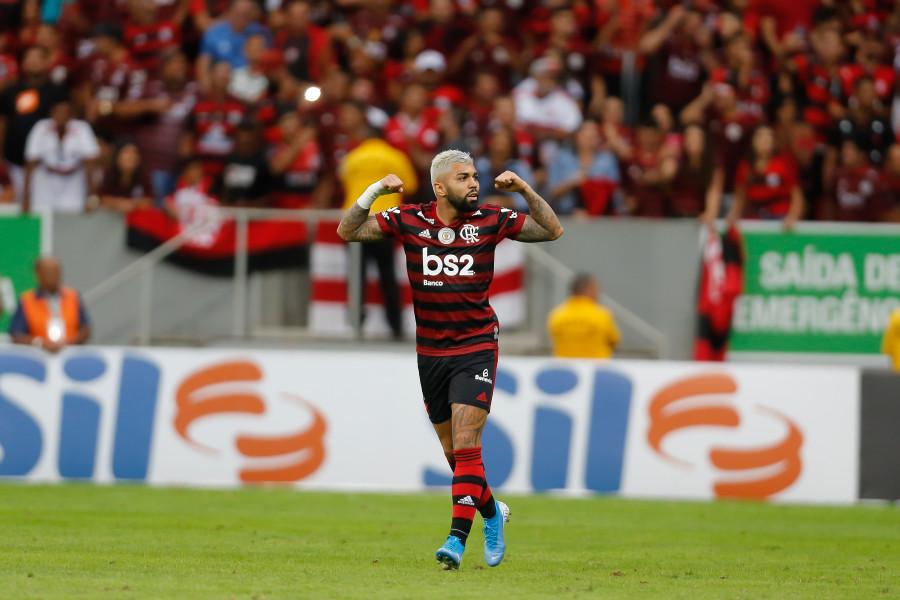 Gabigol quebra jejum, e camisa 9 do Fla volta a marcar contra o Vasco; Alecgol foi o último