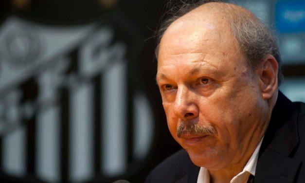 """Presidente do Santos polemiza: """"Se depender do VAR, Fla será campeão"""""""