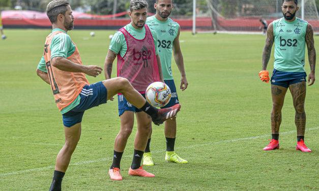 Flamengo estreia na Taça Rio com time reserva; veja provável escalação