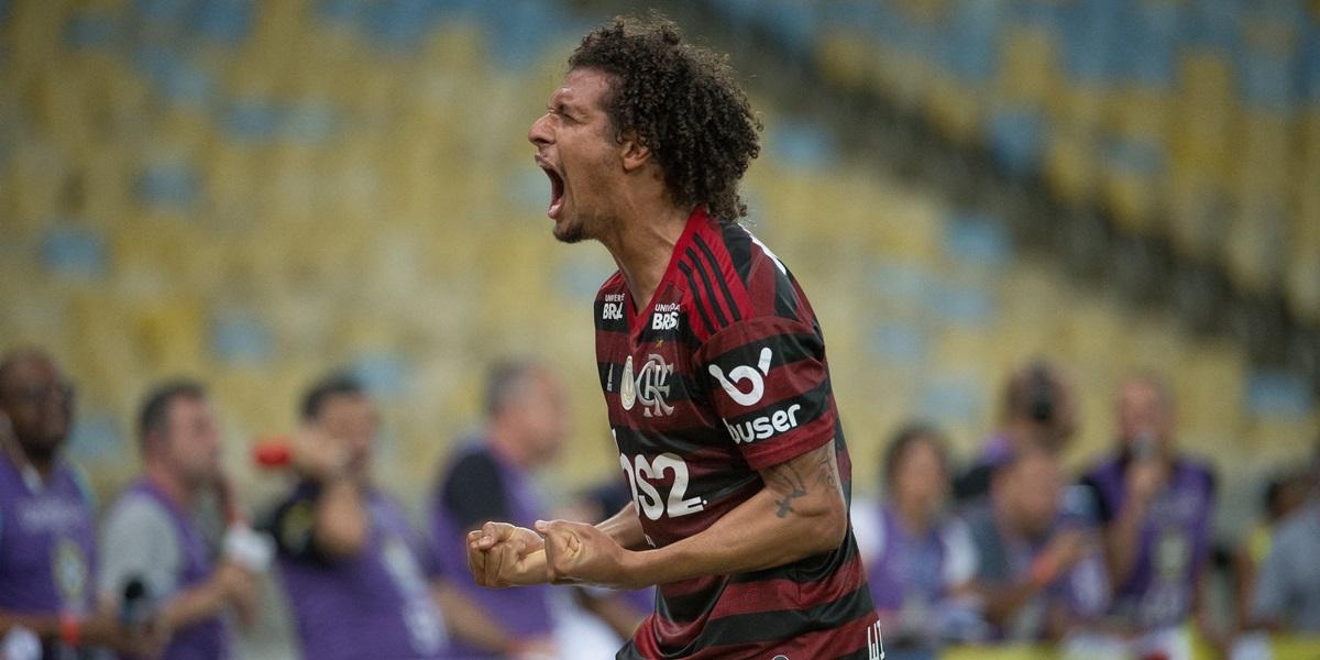 Téo Benjamin: O Flamengo não pode abrir mão do seu motor