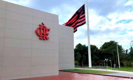 Do gramado para a internet: a conexão na marca Flamengo