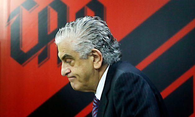 Petraglia, presidente do Athletico, comemora MP e elogia Landim