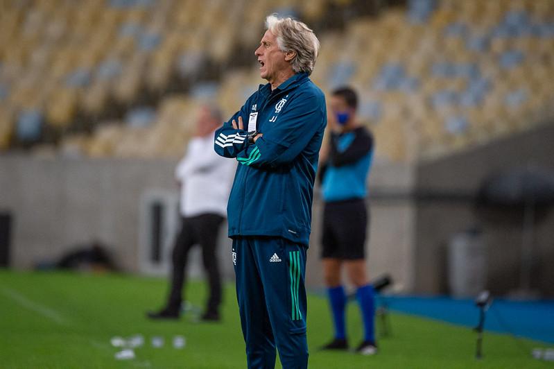 Jorge Jesus não é mais técnico do Flamengo. Clube busca outro europeu para o seu lugar