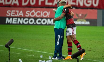Boatos causam desconforto no elenco do Flamengo e preocupam diretoria