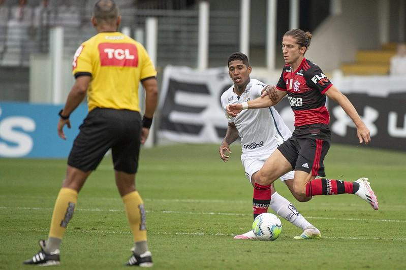Sormani critica o VAR e diz que Santos foi prejudicado contra o Flamengo
