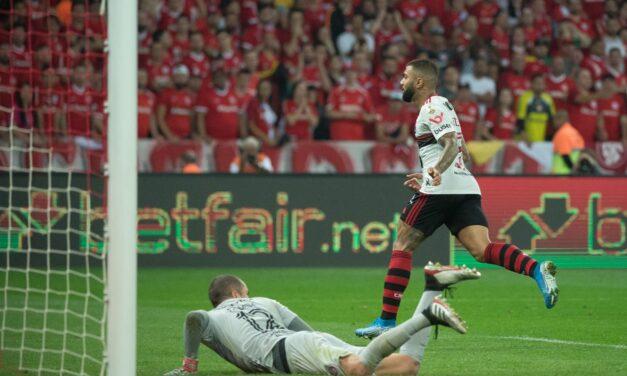 """""""Gabigol ta pedindo"""", há 1 ano, Fla voltava à semifinal da Libertadores"""