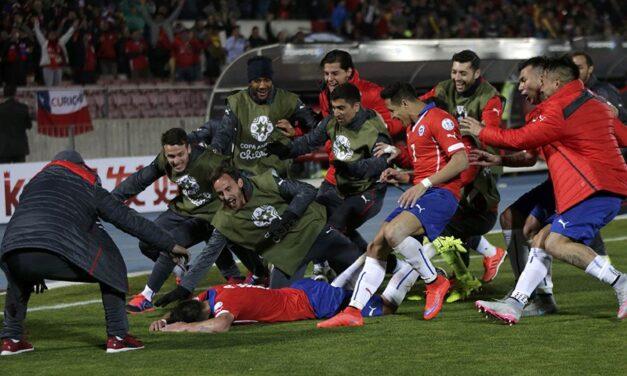 Experiente e versátil, Mauricio Isla também é um herói chileno