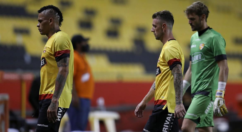 'Flamengo pôs em risco o plantel do Barcelona', afirma jornal do Equador