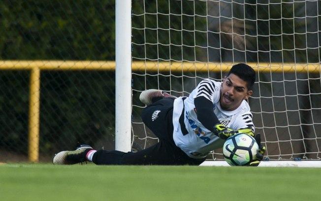 Com Flamengo de olho, agente de João Paulo revela contato do Rio