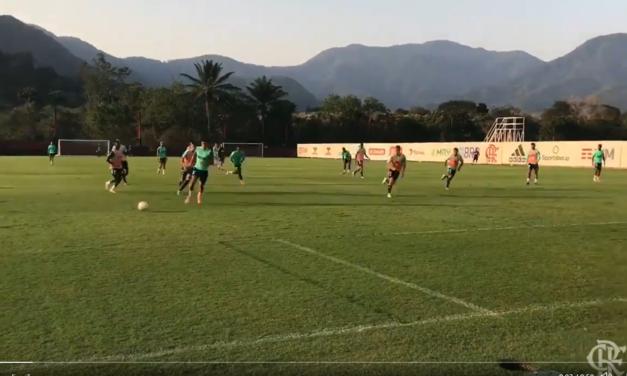 Pedro brilha em jogo-treino do Flamengo profissional contra sub-20