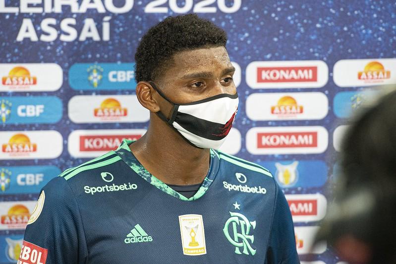 Craque o Flamengo faz em casa