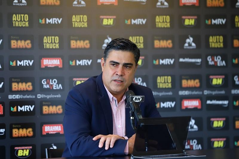 Sérgio Sette Câmara não poupou o tom ao ironizar a eliminação do rubro-negro na Libertadores