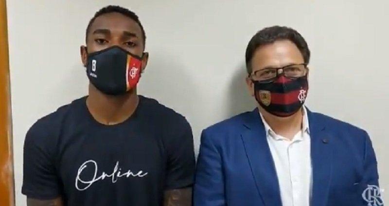 Gerson foi à DECRADI na manhã desta a terça-feira, 22, para dar andamento ao processo de racismo envolvendo Ramírez e Mano Menezes