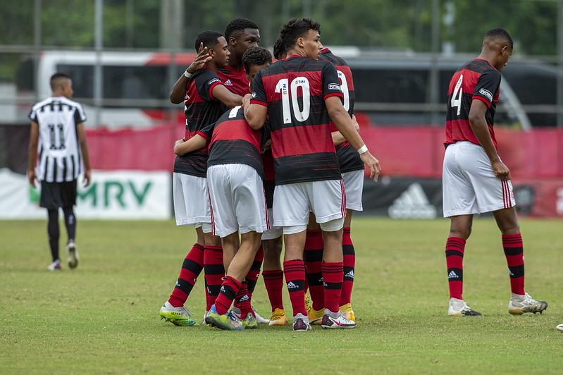 Ricardo Dang vai cuidar da parte de força e transição dos atletas que jogam pela base até o Sub-17 do Flamengo
