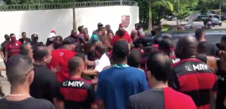 flamengo ninho protesto