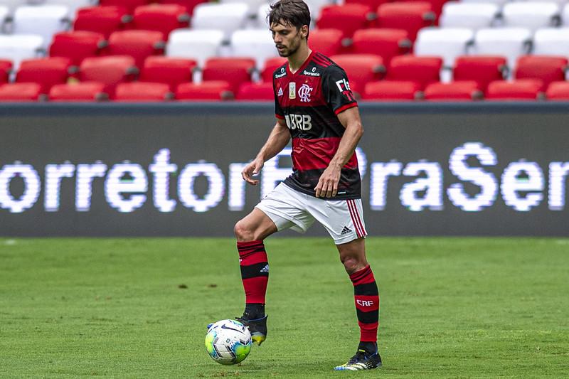 Rodrigo Caio quer Ceni por muito tempo no Flamengo e título dentro do Morumbi