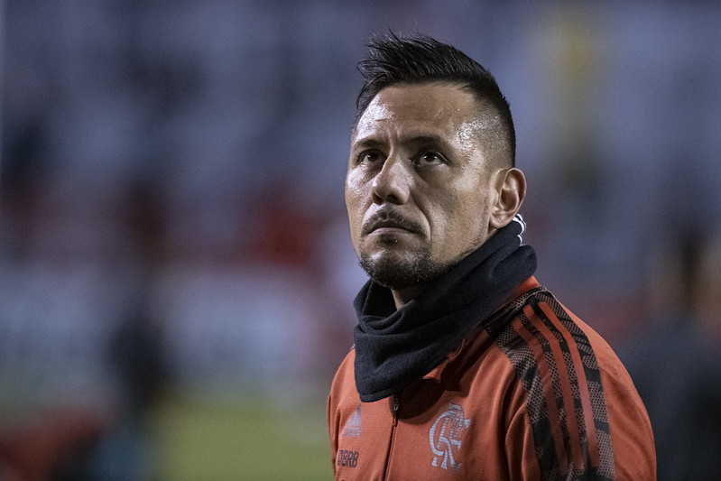 Diego Alves será reavaliado pelo Flamengo