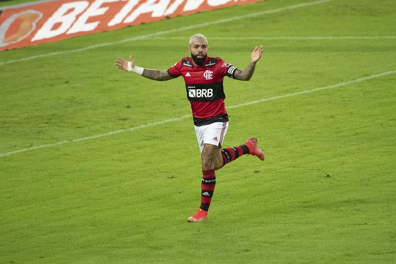 Gabigol marca dois pelo Flamengo contra o Volta Redonda