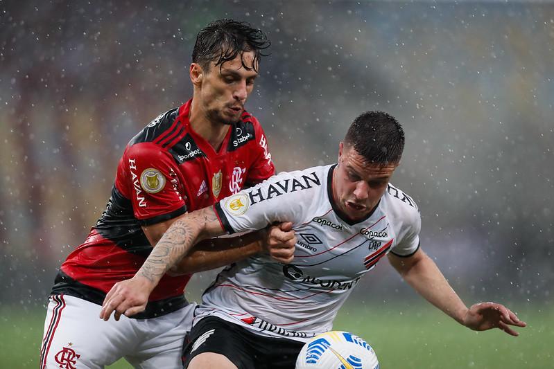 jogo atrasado Flamengo x Athletico-PR